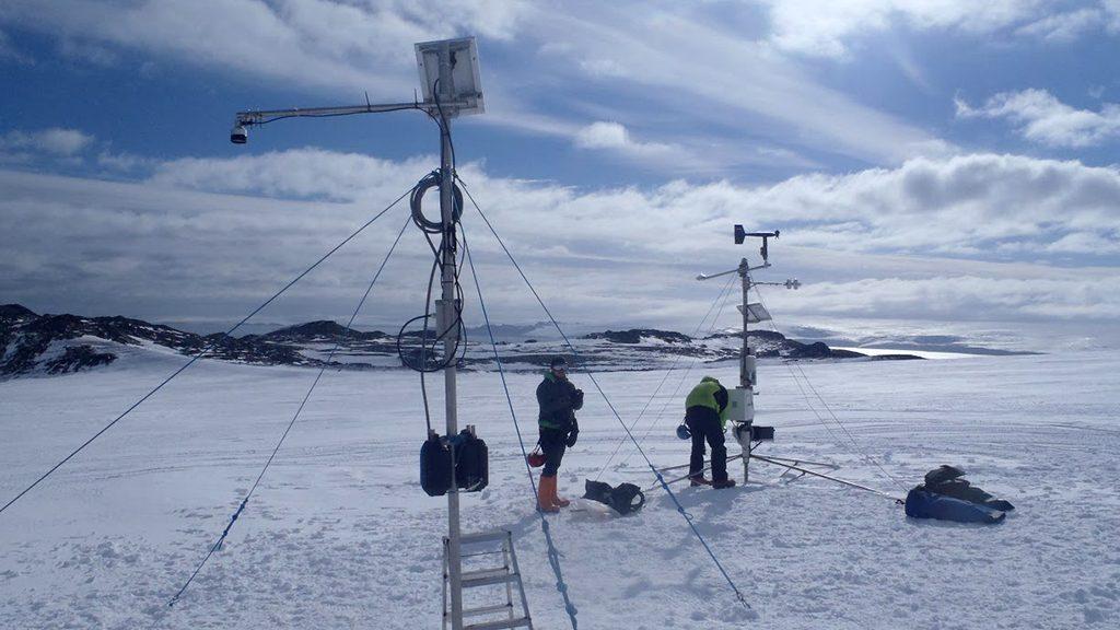Pol sud s'escalfa tres vegades més ràpid