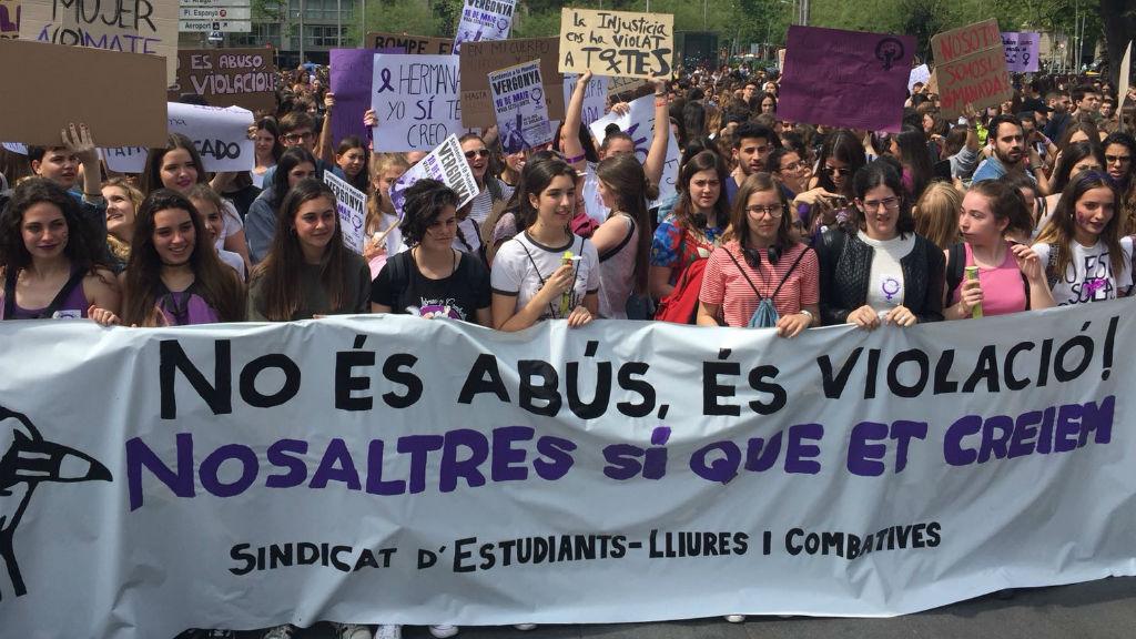 Manifestació contra la primera sentència de La Manada