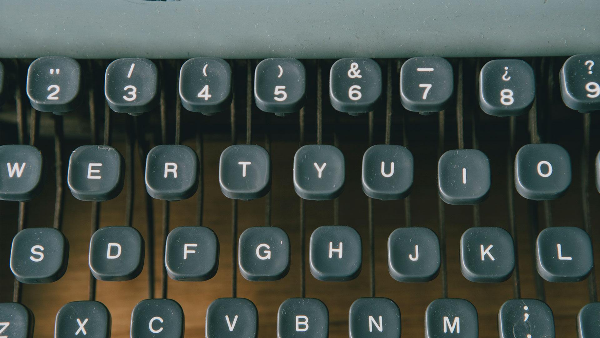 màquina d'escriure lletres