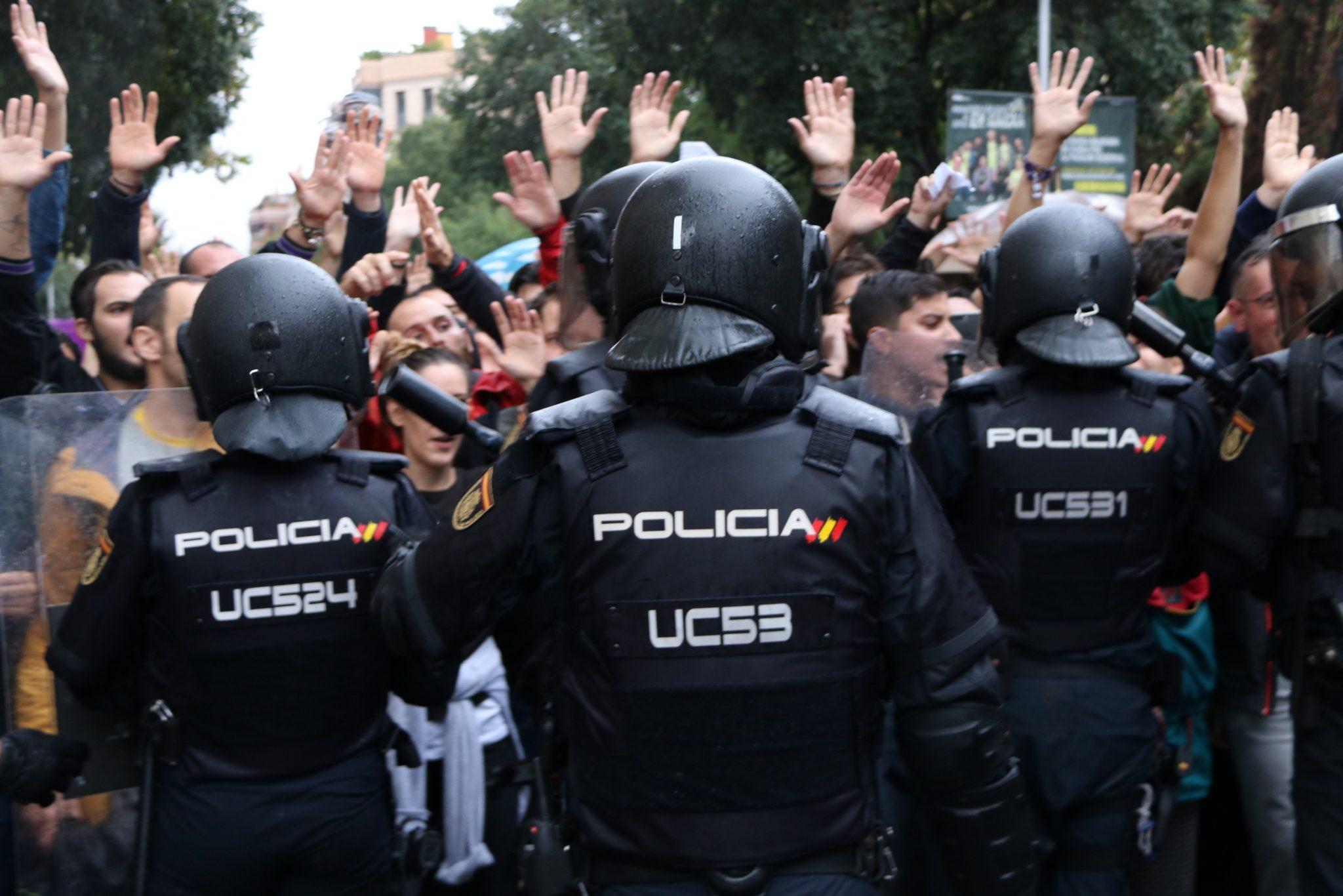 Policia Nacional el dia del referèndum