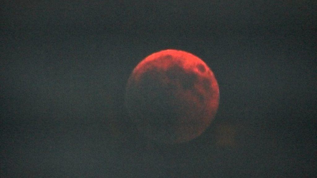 Eclipsi Lluna Cosmocaixa