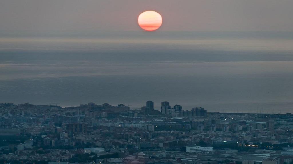 Sortida de sol des de l'Observatori Fabra