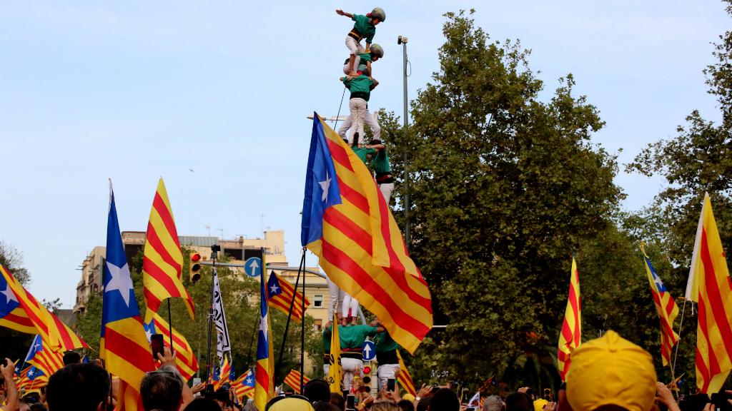 Les colles castelleres han participat en la manifestació