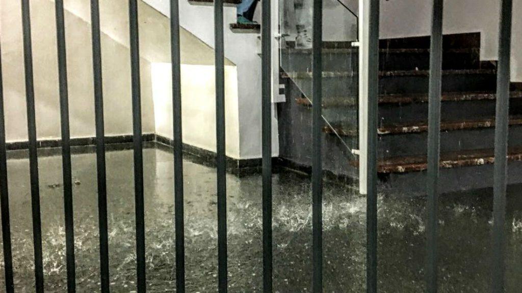 Hospital del Mar. Escales inundades per la tempesta