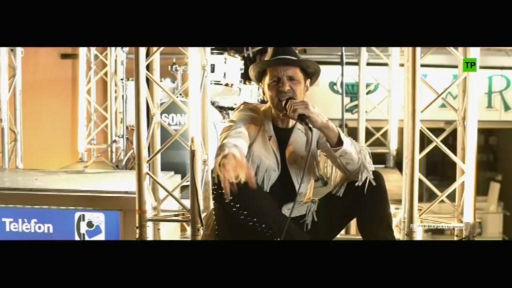 """Imatge del videoclip """"Yo quería ser normal"""" de Tequila"""