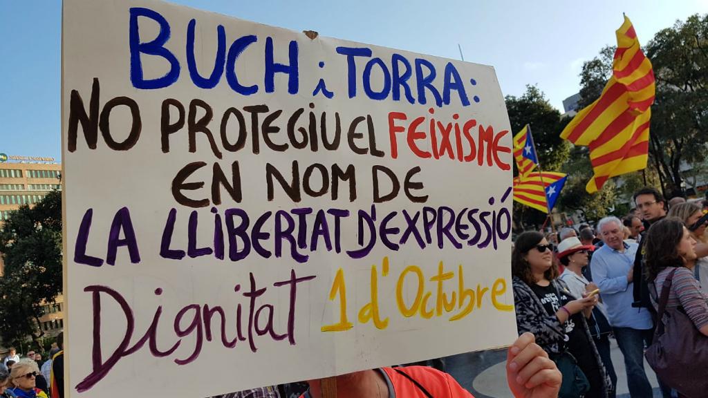 """Alguns missatges estan dirigits al govern de la Generalitat: """"No protegiu el feixisme"""""""