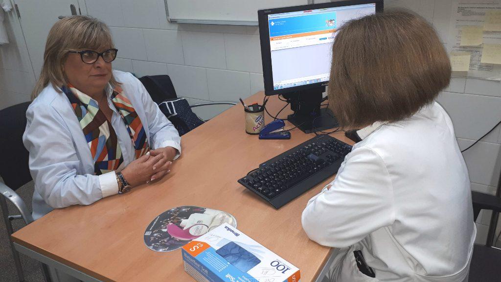 visita seguiment metge càncer mama pit al CAP