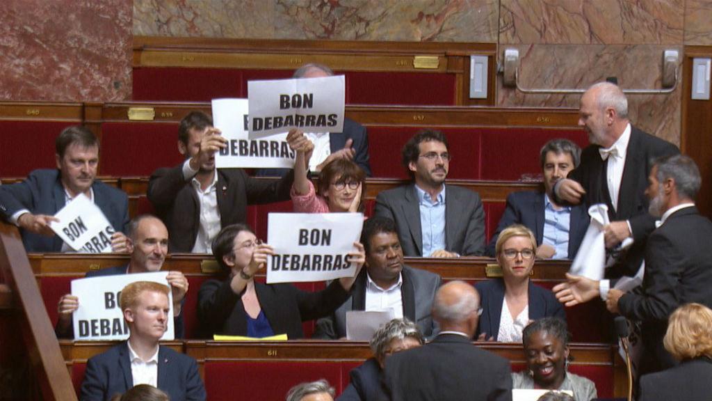 protesta Manuel Valls Assemblea Nacional