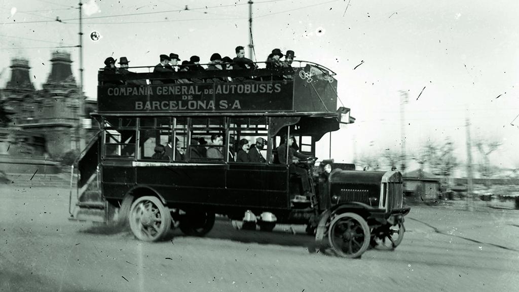 1905-1915 Autobus dos pisos Portal de la Pau