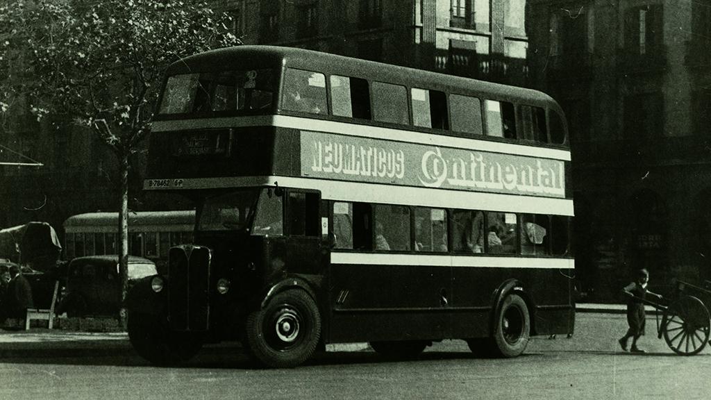 1950 bus dos pisos