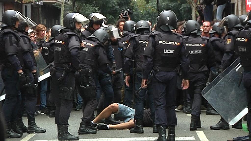 càrregues policia nacional 1 octubre