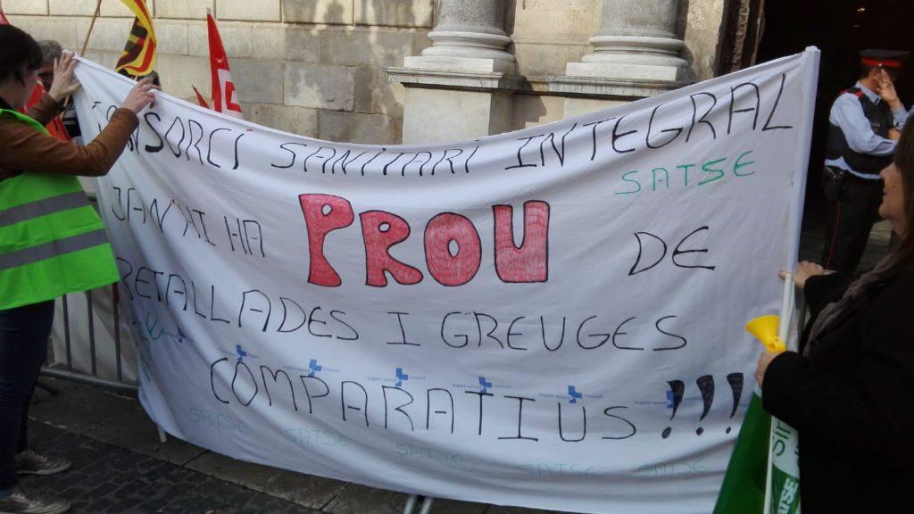 Protesta professionals sanitat a la Generalitat