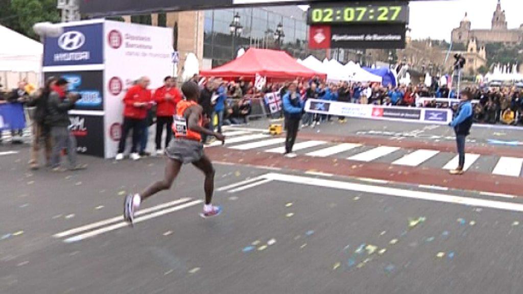 Rècord marató Barcelona 2010 Jackson Kotut