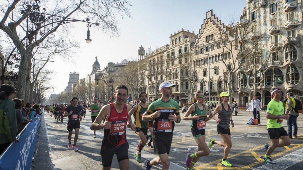 marato-barcelona-2018-passeig-gracia