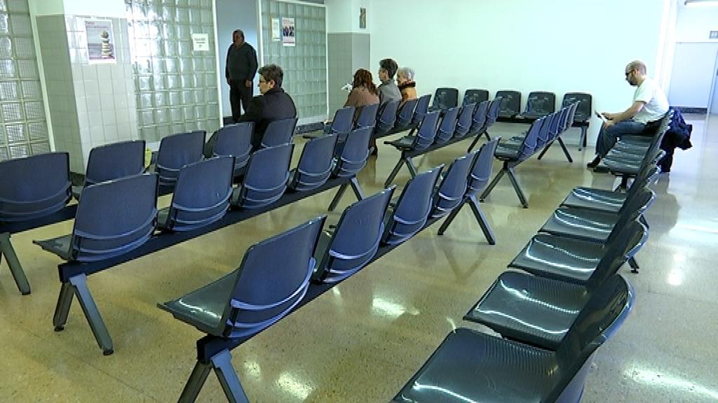 Sala d'espera d'un CAP per la vaga de metges