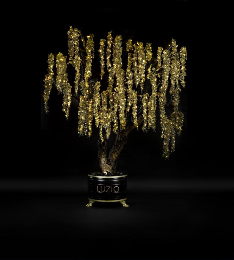 Chanel, Loewe i Dior són algunes de les 11 cases de luxe que han fet la seva versió de l'arbre de Nadal per la subasta benèfica