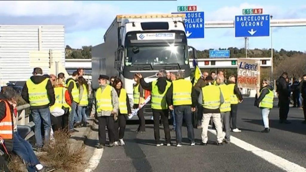 Armilles grogues a la frontera de França