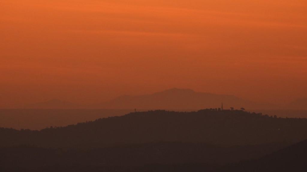 Serra de Tramuntana des de Montserrat