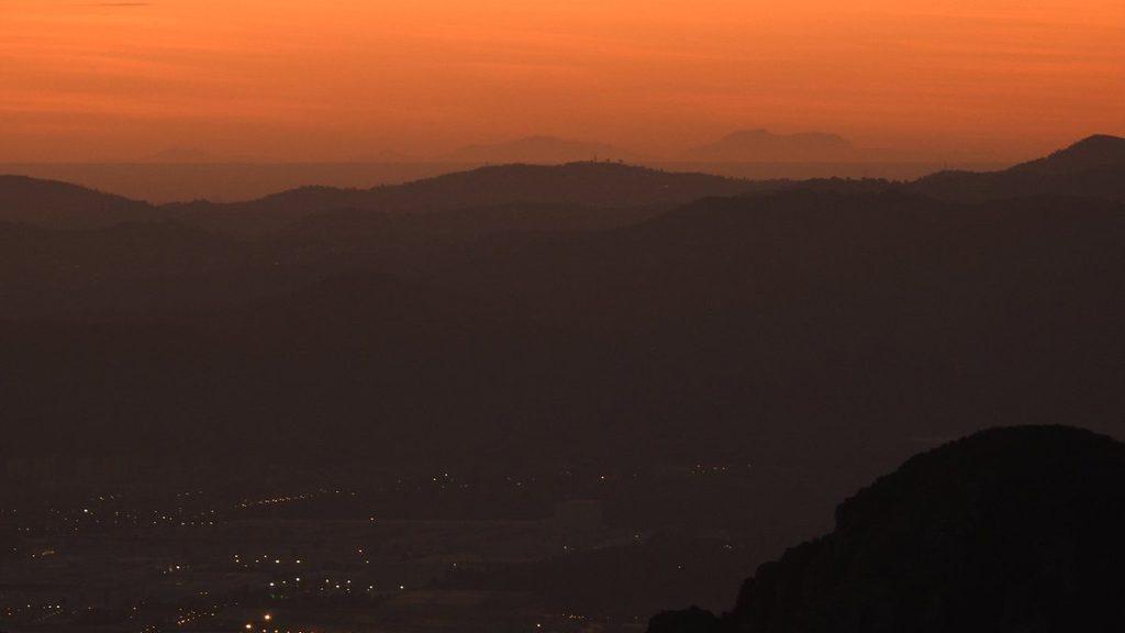 perfil de Mallorca des de Montserrat