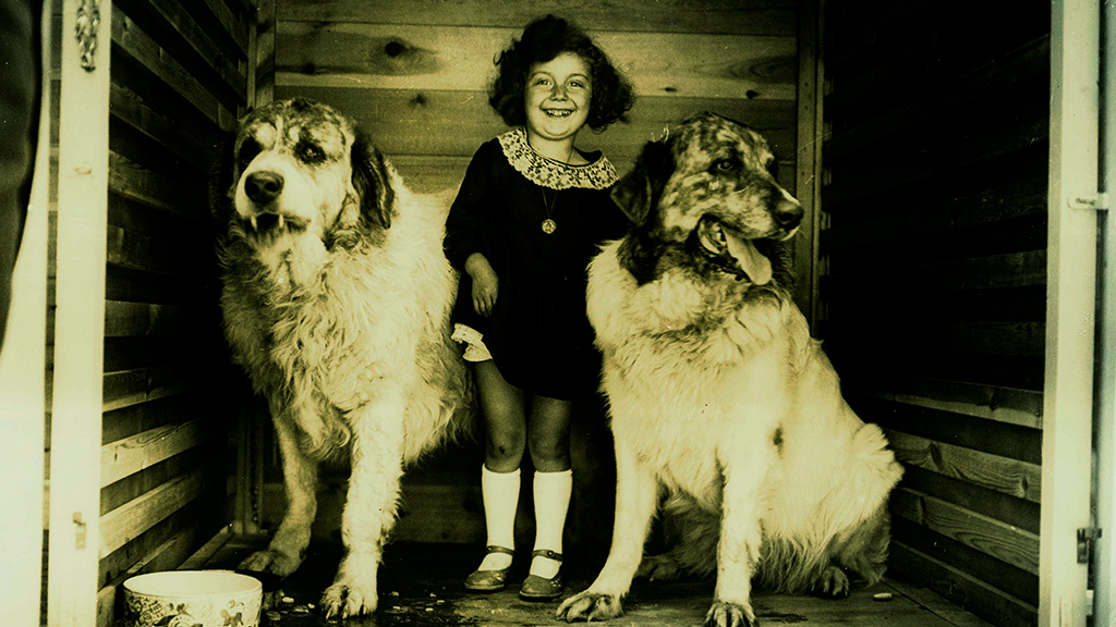 1024x576_0012_nena gossos 1930