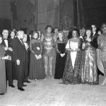 Antonio Pons, expresident de la Societat, amb Montserrat Caballé i Plácido Domingo, l'any 1974 - Fotografia cedida per Mercedes Conde Pons