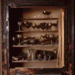 Objectes personals a l'interior del Liceu, febrer del 1994 - © Ferran Freixa, VEGAP, Barcelona, 2019