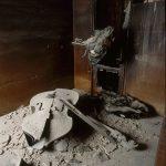 Objectes destruïts pel foc, febrer del 1994 - © Ferran Freixa, VEGAP, Barcelona, 2019
