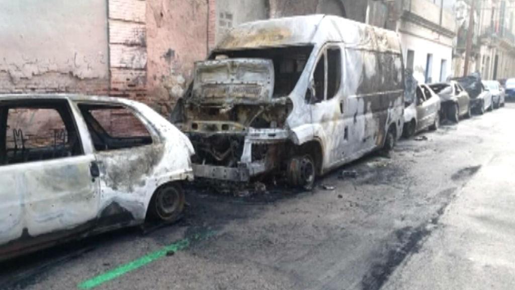 vehicles cremats poblenou