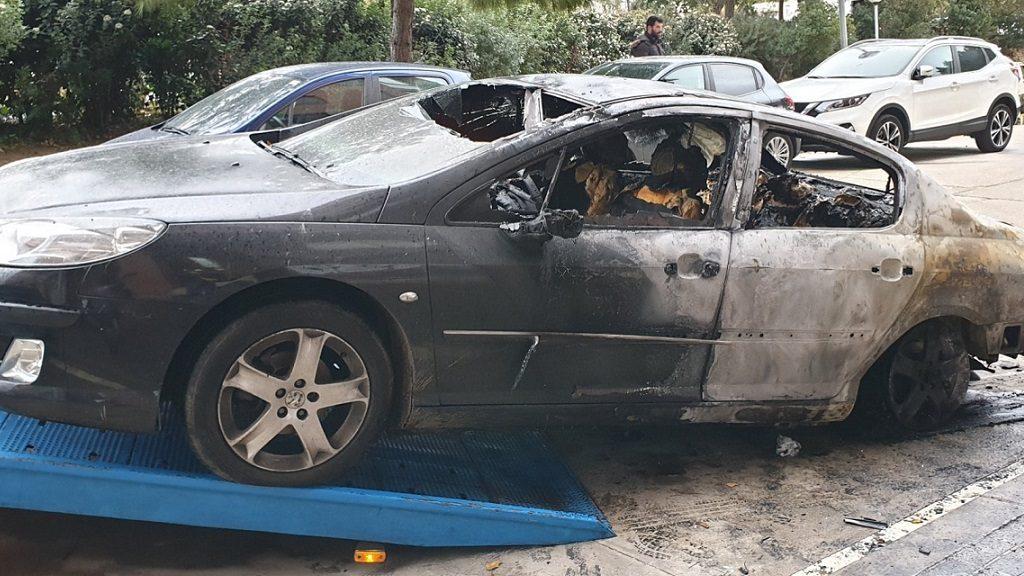 Cotxe cremat Sant Andreu