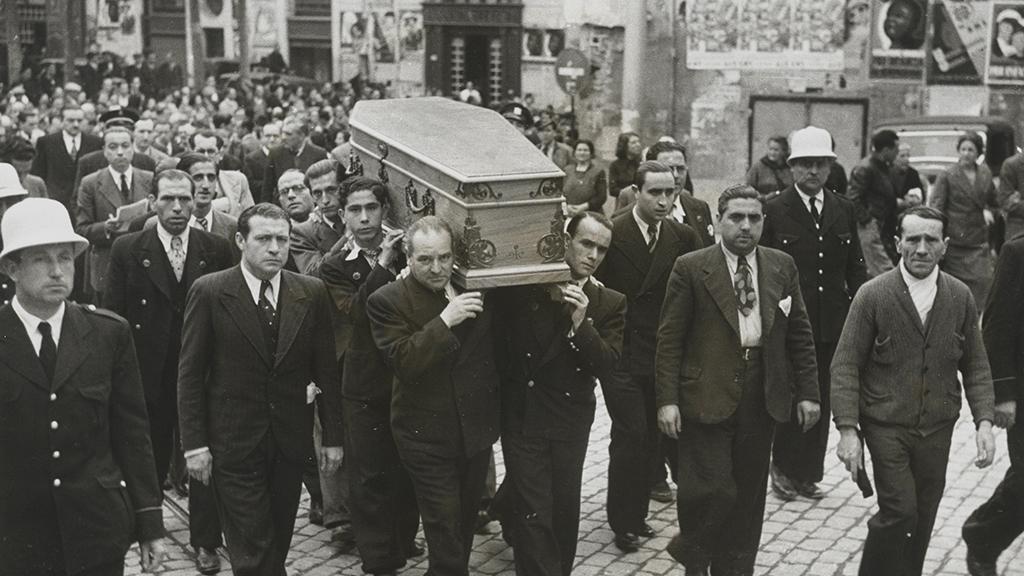 1024x576_0010_1937 Enterrament del popular locutor de radio Josep Torres Vilalta Toresky 00