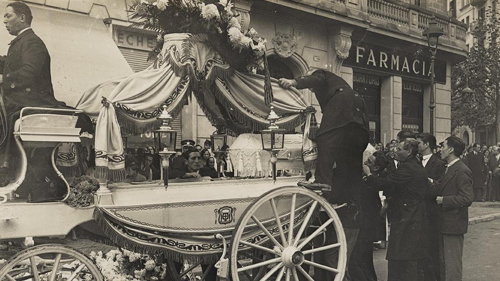 1024x576_0015_1931 Enterrament de Dolors Boleda morta en el tiroteig del carrer comte dUrgell 01