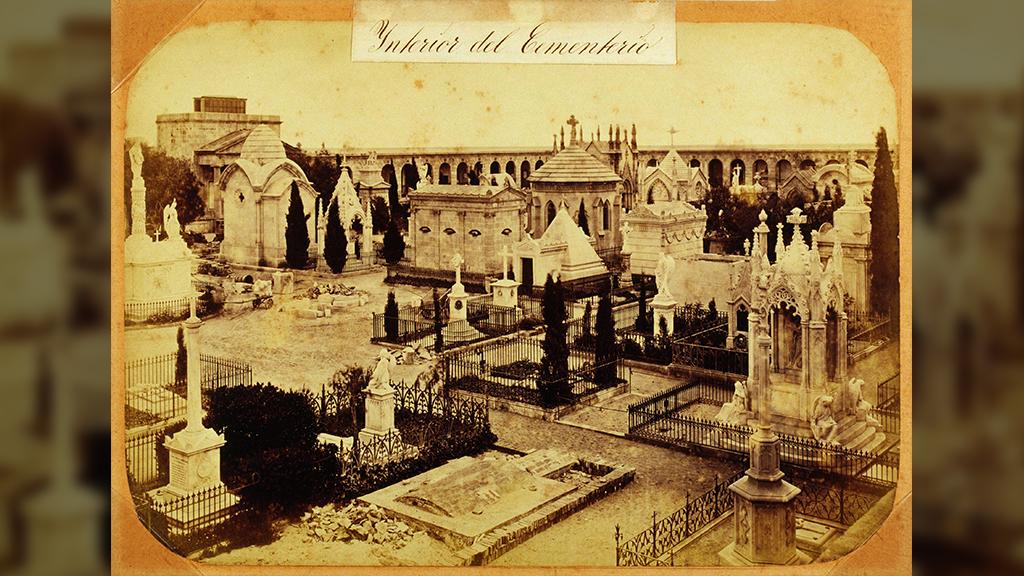 1024x576_0028_1874 Interior Poblenou amb els panteons