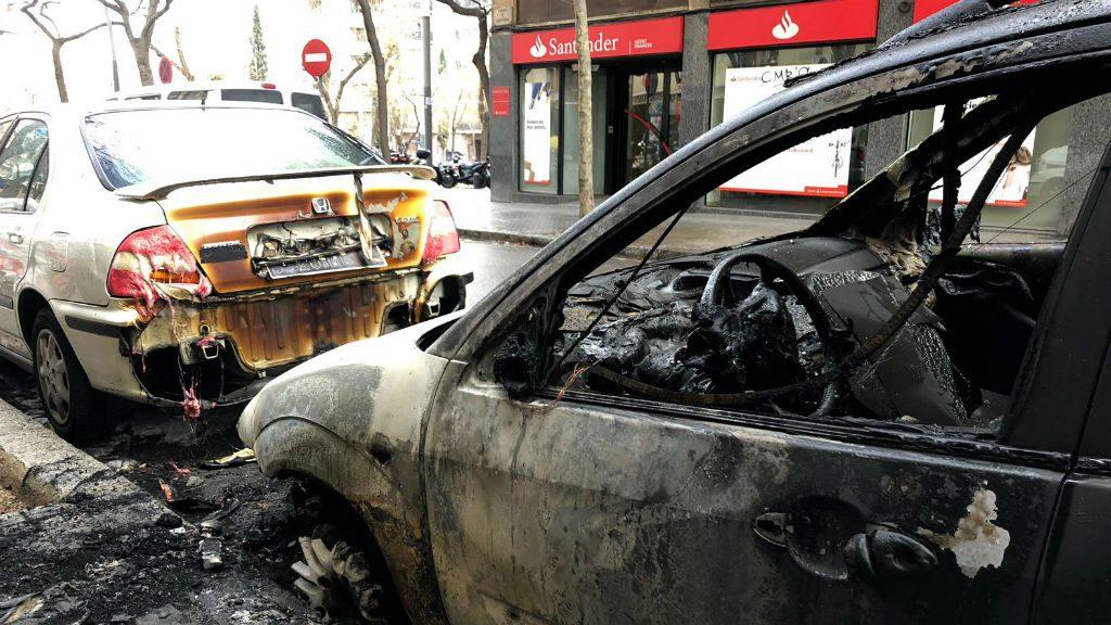 Interior cotxe cremat piròman Sant Andreu