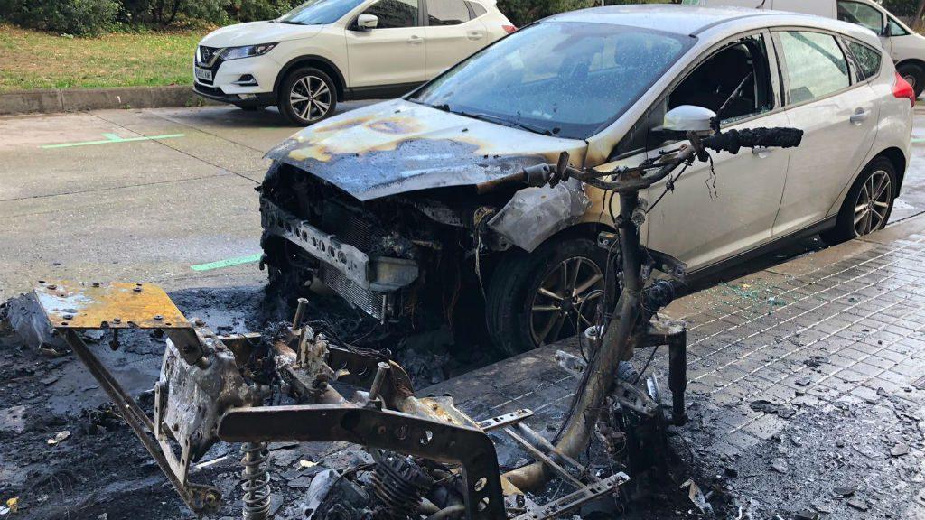 Cotxe cremat piròman Sant Andreu