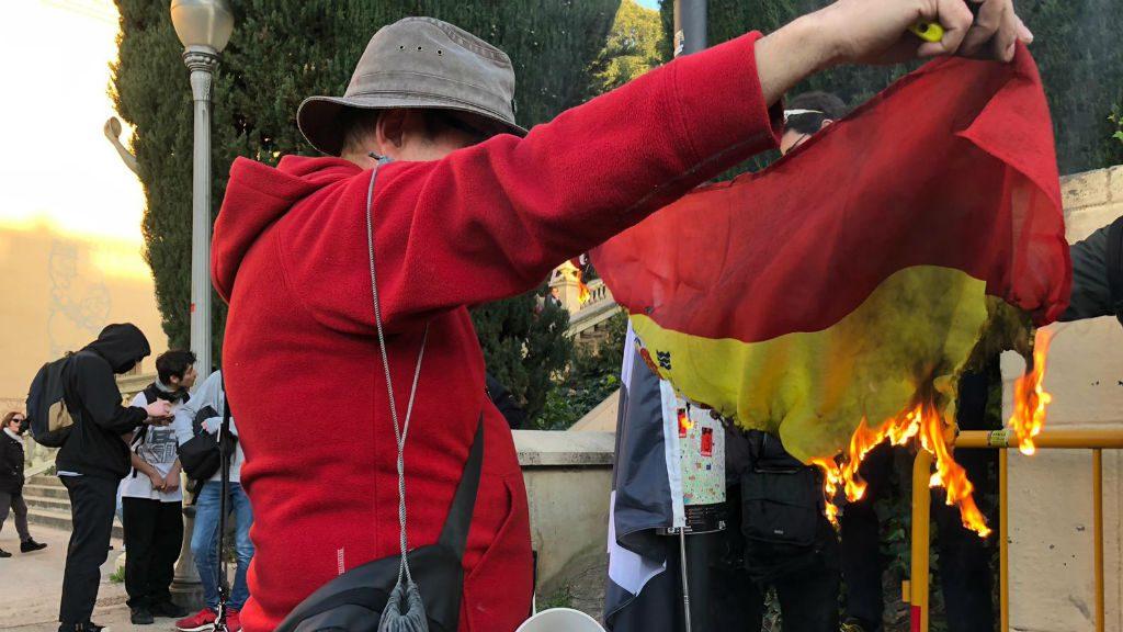 protesta cdr cremen bandera espanyola