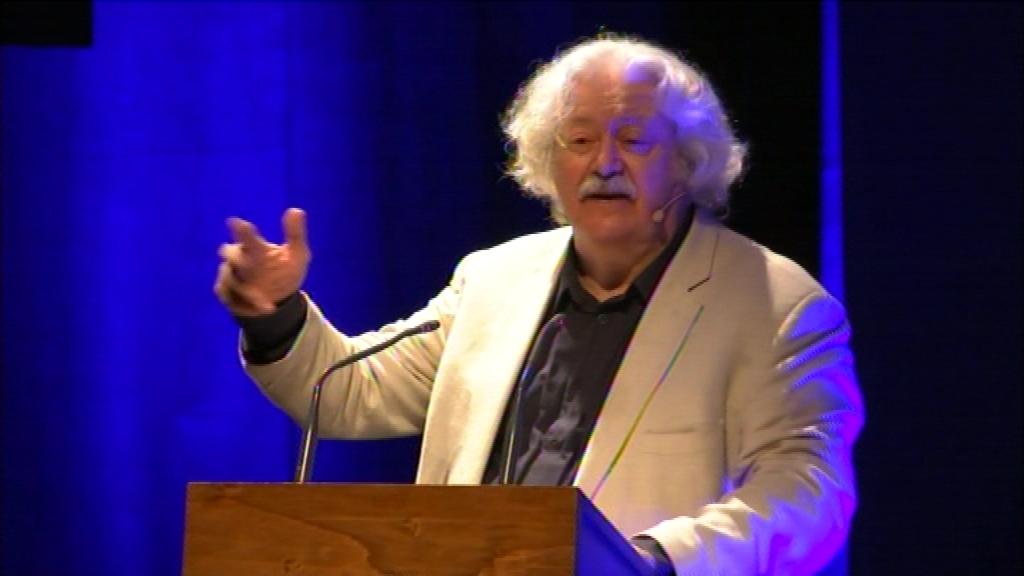 Mario Gas presenta homenatge a l'actor mort Carles Canut
