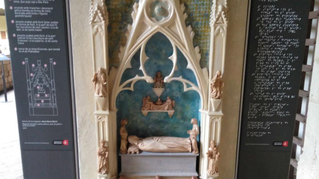 maqueta tomba reina Elisenda Monestir de Pedralbes