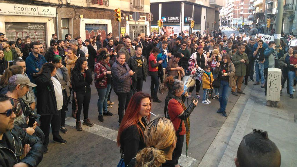 Protesta contra els pisos rusc