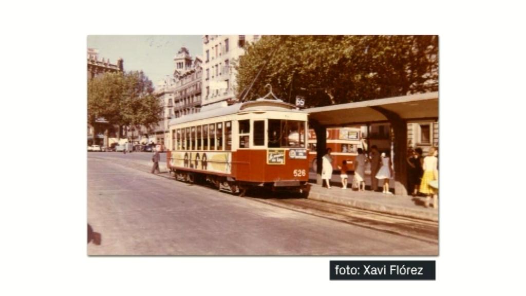 El tramvia vermell
