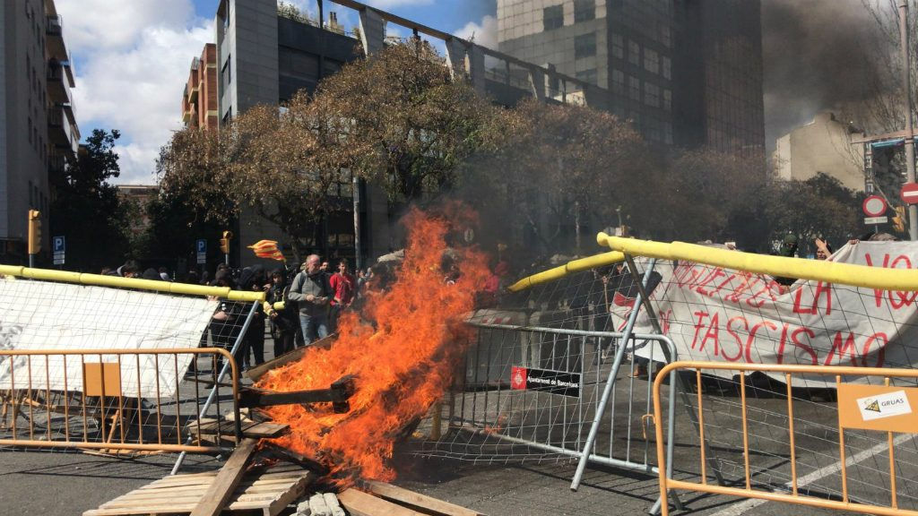 Manifestació antifeixista contra Vox