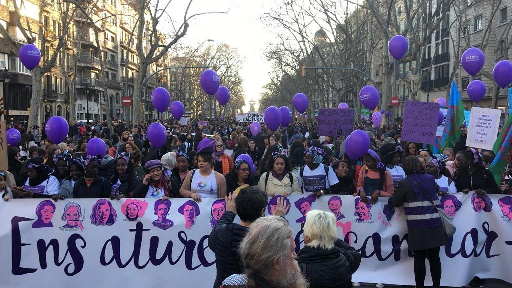 Capaçalera de la manifestació feminista del 8-M de 2019