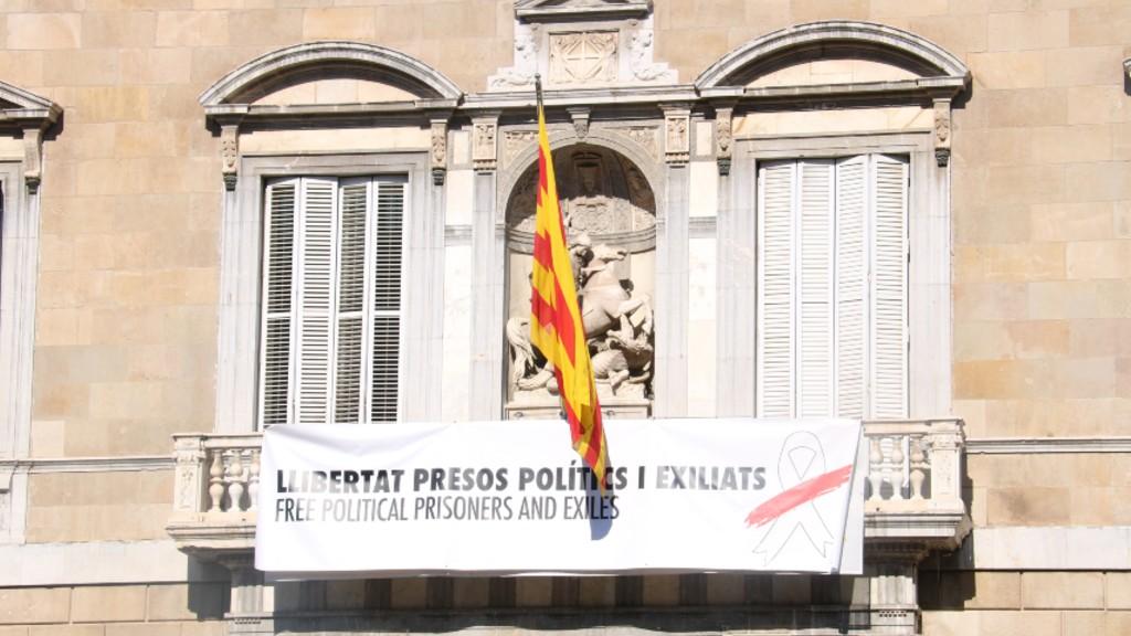 Llaç blanc balcó Generalitat