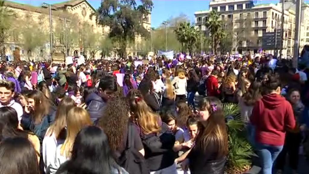 manifestació estudiants dia dona 8 març