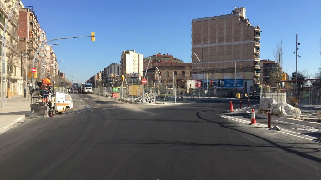 Pavimentació avinguda Meridiana