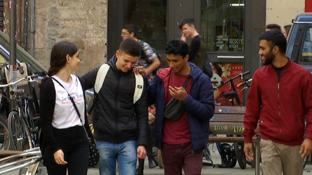 Socis de la Unió de Joves Extutelats de Catalunya (UJEC).