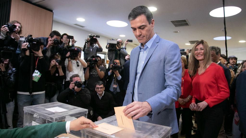 Pedro Sánchez vota el 28A