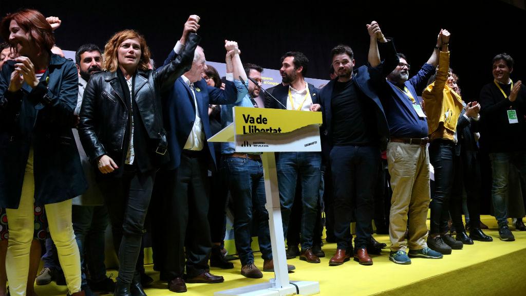 Els dirigents d'ERC, celebrant la victòria a Catalunya en les eleccions del 28-A