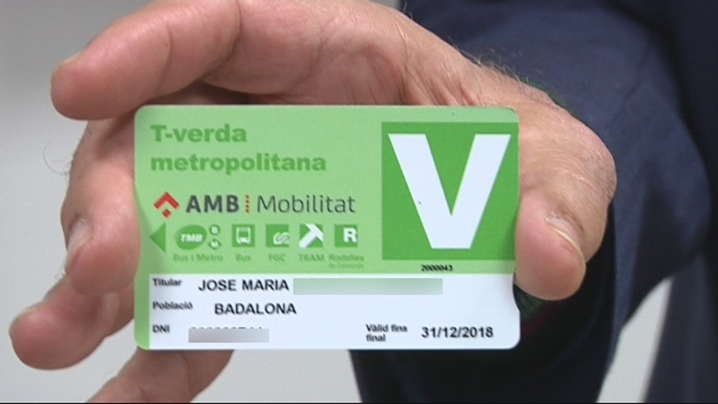 T-Verda desballestar cotxe vell Barcelona