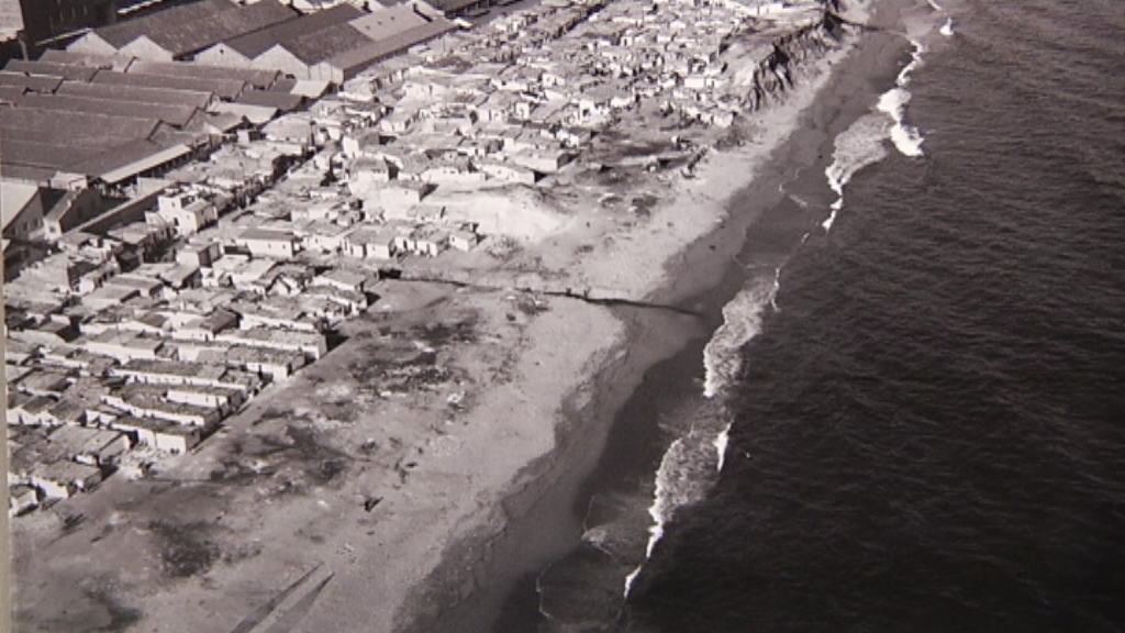 Imatge d'arxiu de l'antic barri de barraques del Somorrostro