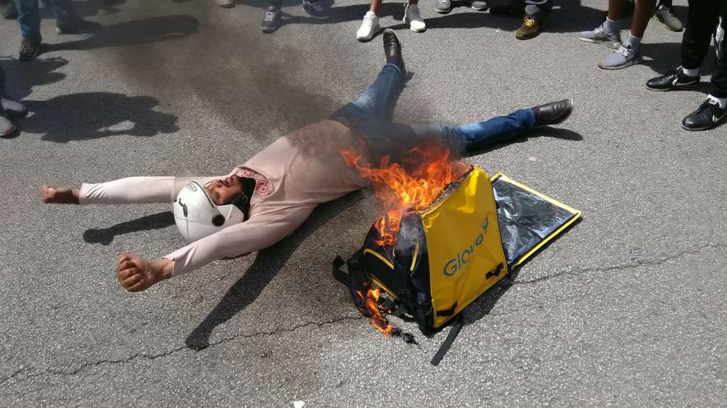 protesta glovo cremant motxilla